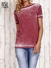 Bordowy t-shirt efekt acid wash