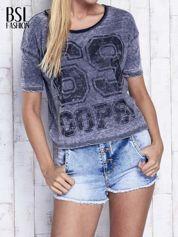 Ciemnoszary dekatyzowany t-shirt z brokatowym nadrukiem