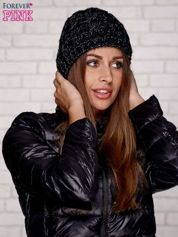 Czarna czapka z metaliczną nicią