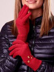 Czerwone rękawiczki z ćwiekami i ściągaczem
