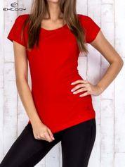 Czerwony damski t-shirt sportowy basic PLUS SIZE