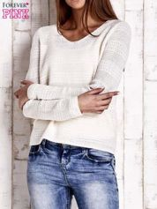 Ecru dziergany sweter