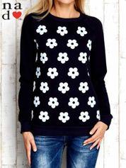 Granatowa bluza z nadrukiem kwiatów