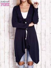 Granatowy wiązany asymetryczny sweter