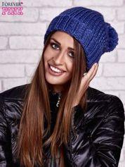 Niebieska czapka z metaliczną nicią i pomponem