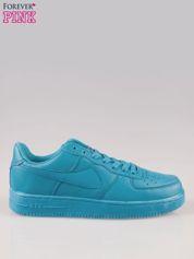 Niebieskie buty sportowe na grubej podeszwie
