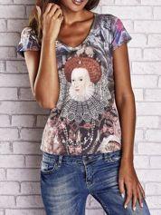 Szary t-shirt z nadrukiem graffiti i królowej