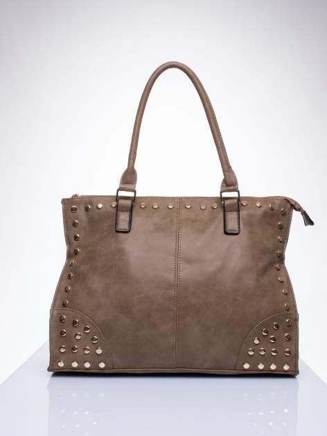 Beżowa torba shopper bag ze złotymi ćwiekami