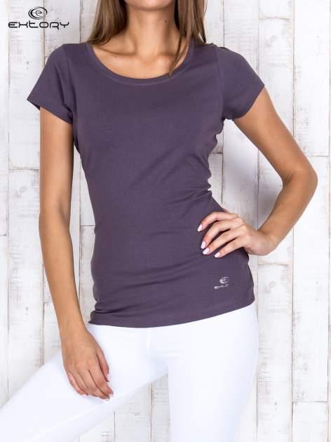 Brązowy damski t-shirt sportowy basic PLUS SIZE