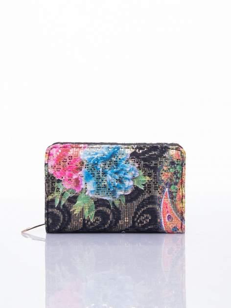 Czarny portfel z kwiatowymi motywami