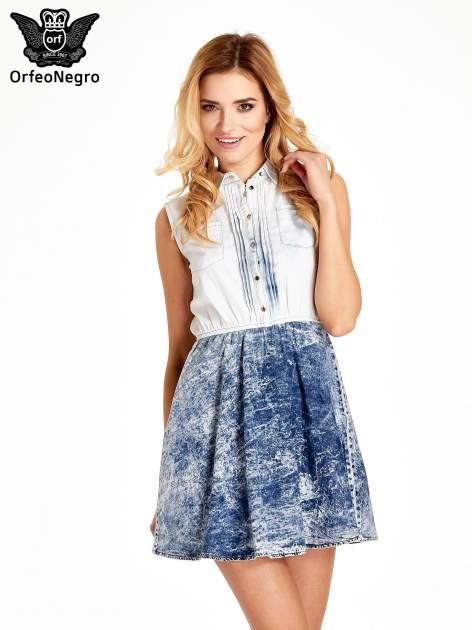 Jeansowa sukienka z efektem marmurkowym