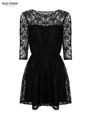 Kloszowana sukienka pokryta na górze czarną przezroczystą koronką