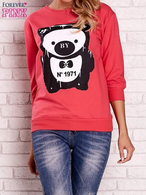 Koralowa bluza z nadrukiem pandy