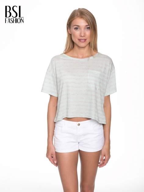 Luźny krótki t-shirt z kieszonką w zielone paski