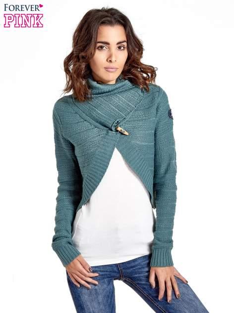 Morski krótki sweter narzutka z kołnierzem
