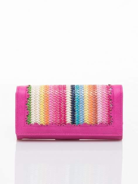 Różowy portfel z ażurowaniem i plecionką