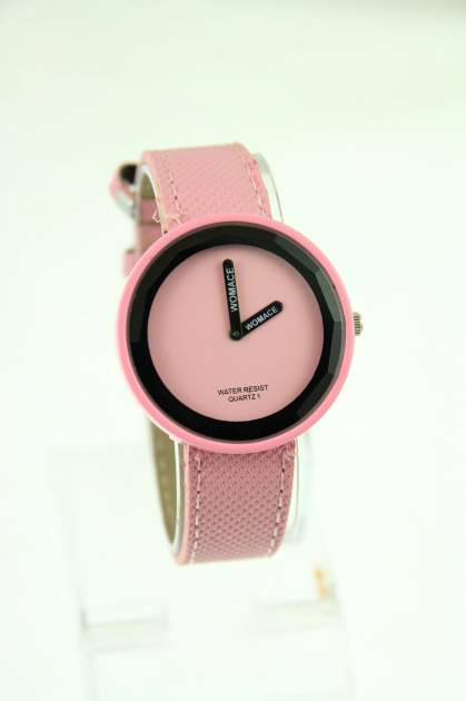Różowy zegarek damski na pasku