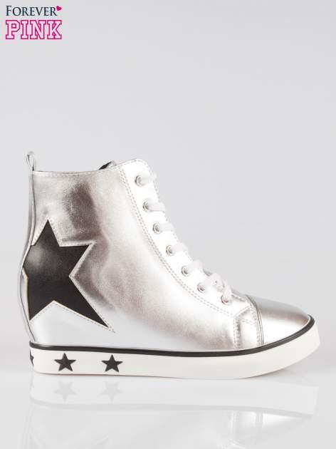 Srebrne trampki na koturnie sneakersy z gwiazdkami