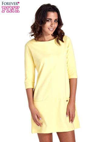 Żółta prosta sukienka z kieszeniami