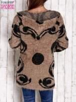 Brązowy otwarty sweter z kapturem