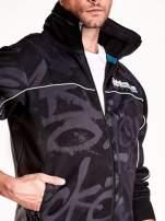 Czarna bluza męska z chowanym kapturem