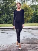 Czarna prosta dzianinowa sukienka