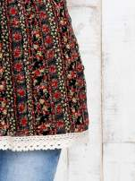Czarny top damski w drobne kwiaty z gumeczką na górze