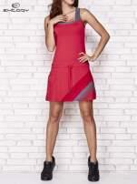 Fuksjowa sukienka sportowa z szarymi wstawkami