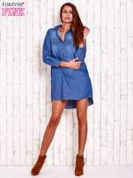 Niebieska jeansowa sukienka koszula z dłuższym tyłem