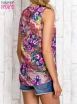 Różowa bluzka koszulowa w etniczne motywy