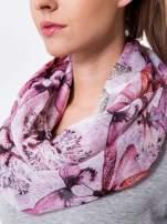 Różowa chusta szal w ważki