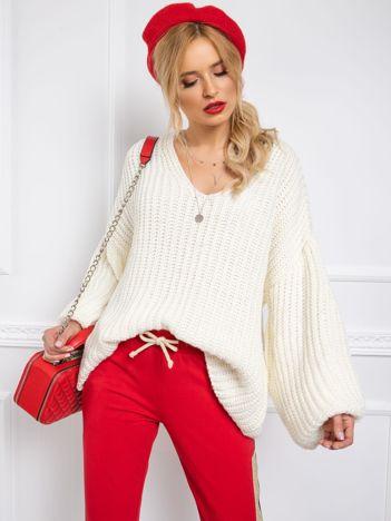 BY O LA LA Ecru sweter oversize