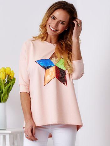 Bawełniana jasnoróżowa bluzka oversize z cekinową gwiazdą