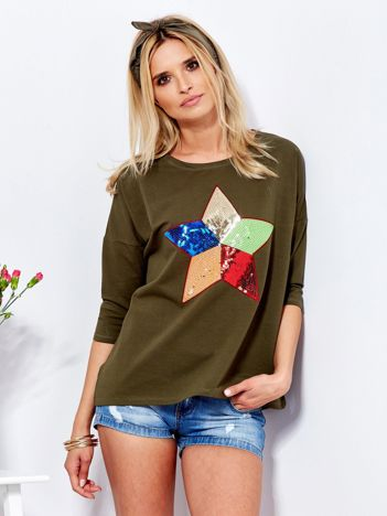 Bawełniana khaki bluzka oversize z cekinową gwiazdą