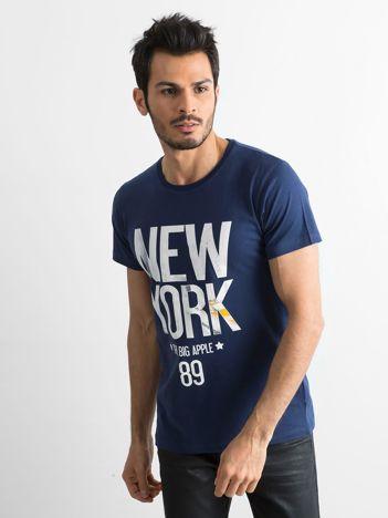 Bawełniany t-shirt męski z printem granatowy