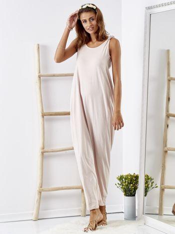 Beżowa luźna sukienka maxi z dekoltem na plecach