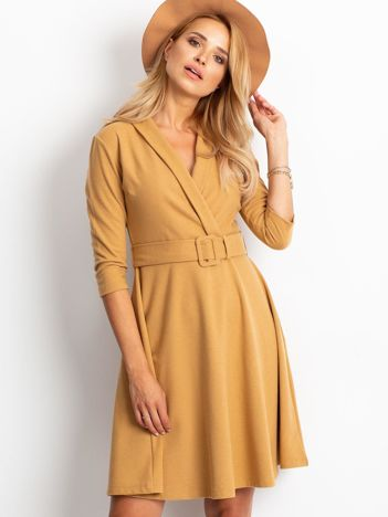 Beżowa sukienka Special