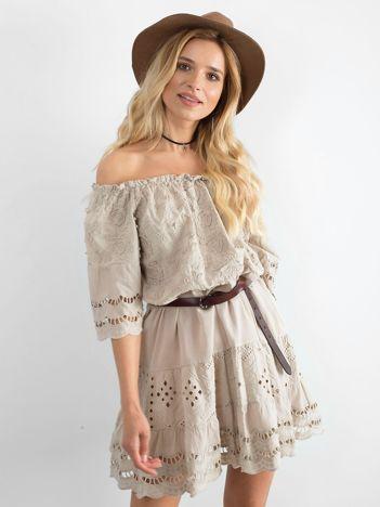 Beżowa sukienka hiszpanka boho