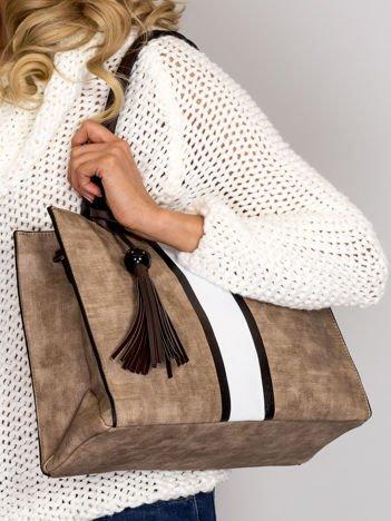 Beżowa torba z szerokim jasnym paskiem