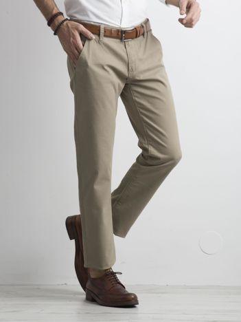 Beżowe męskie spodnie chinosy