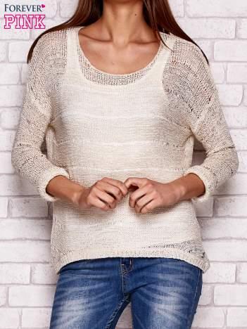 Beżowy ażurowy sweter
