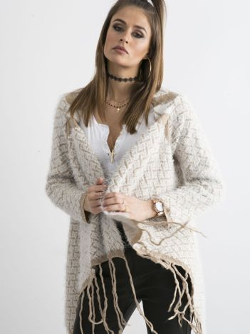 Beżowy sweter z frędzlami