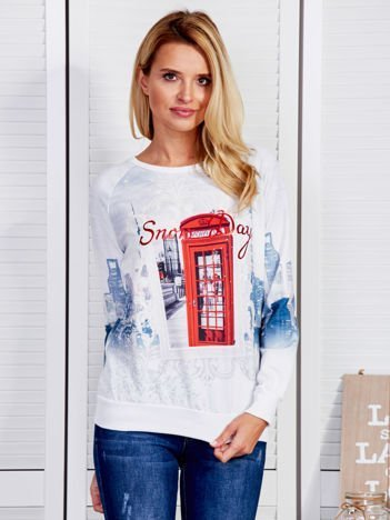 Biała bluza z budką telefoniczną