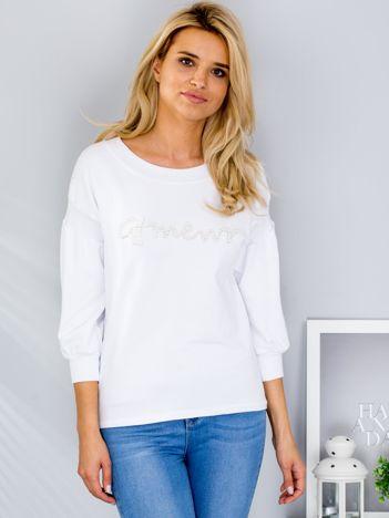 Biała bluza z perełkami