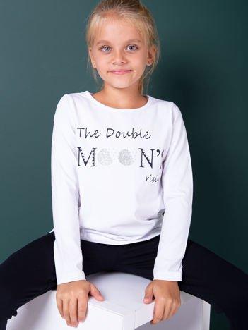 Biała bluzka dla dziewczynki z tekstowym nadrukiem