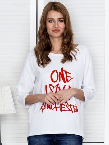Biała bluzka z napisem ONE LOVE