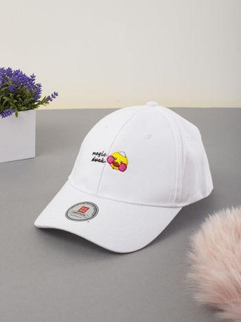 Biała dziecięca czapka z daszkiem