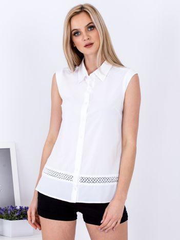 Biała koszula z ażurową wstawką
