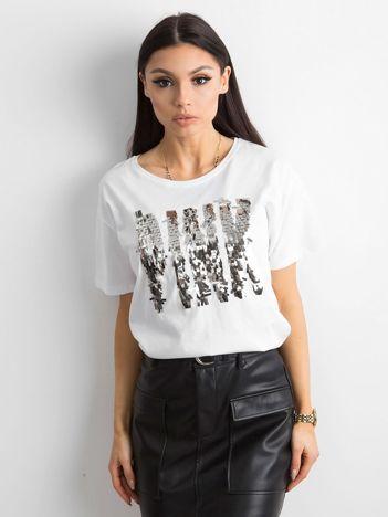 Biała koszulka z cekinowym napisem