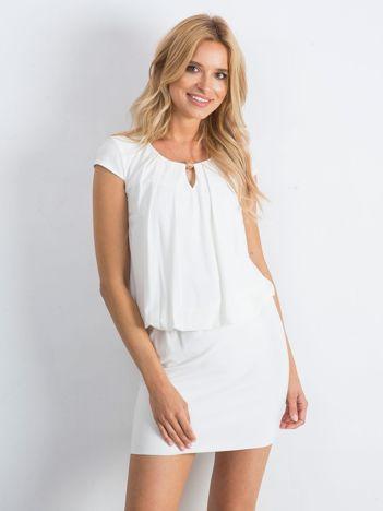 Biała sukienka Giustino